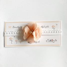 Haarbandje met parels - bloemetje zalm