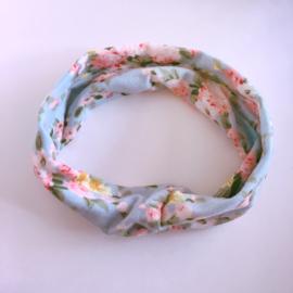 Knoop haarbandje met bloemenprint - lichtblauw