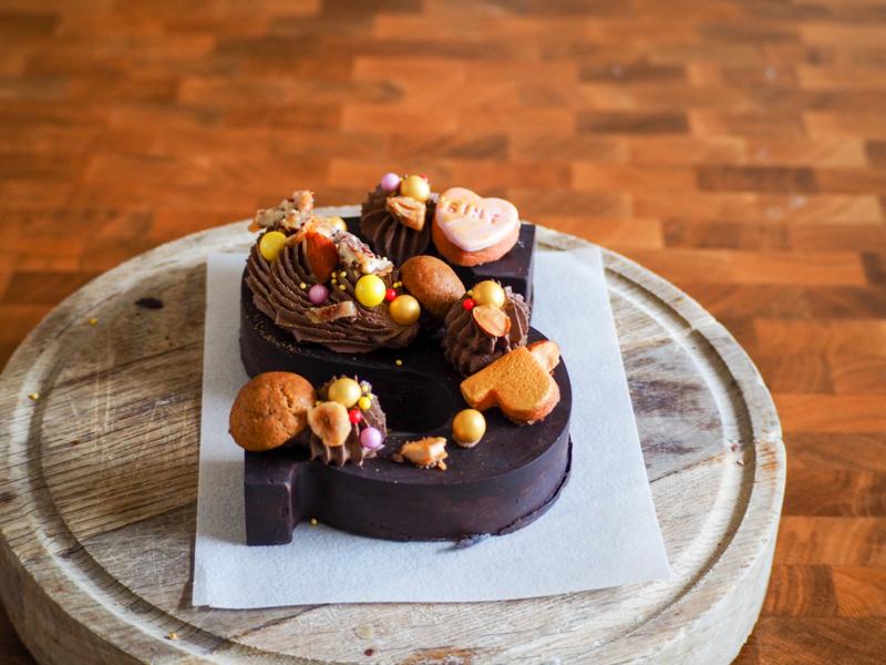 Luxe gevulde chocoladeletter