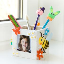 Foam Clay Voorbeeld: Pennenbakje met fotolijst