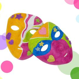 Knutselidee: Glitter Maskers Schilderen
