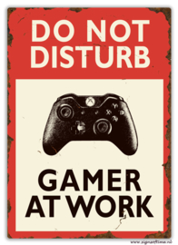 Do not disturb Gamer at work (X-box)