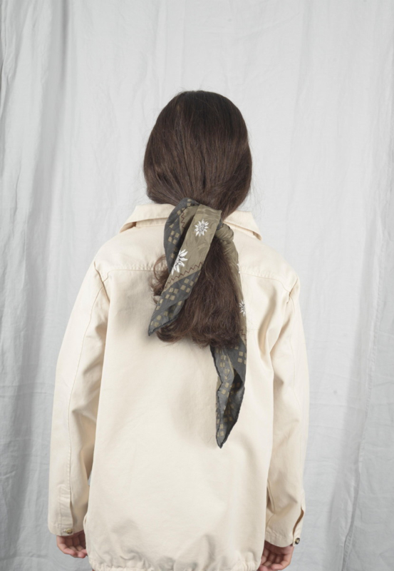 THE BIBIO PROJECT  I  PULLOVER white swan
