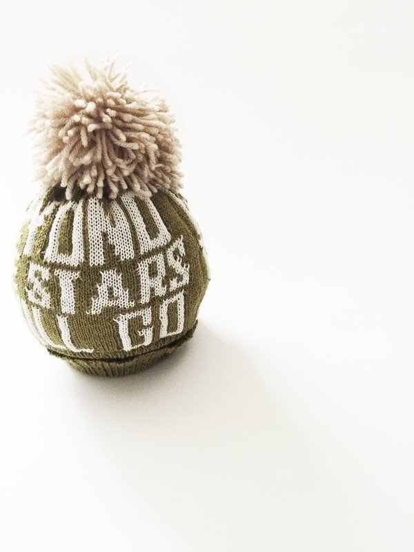 PRJONA PLYM  I  BEYOND THE STARS I GO  knit hat