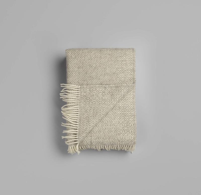 Røros Tweed, plaid Kattefot, lichtgrijs