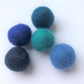 Viltballen kobaltblauw 332