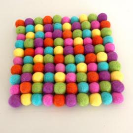gesorteerde Viltballen kleuren zomermix 100 stuks