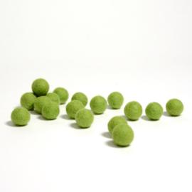 Viltballen 2,3 cm Appeltjesgroen 021 (per 10 stuks)