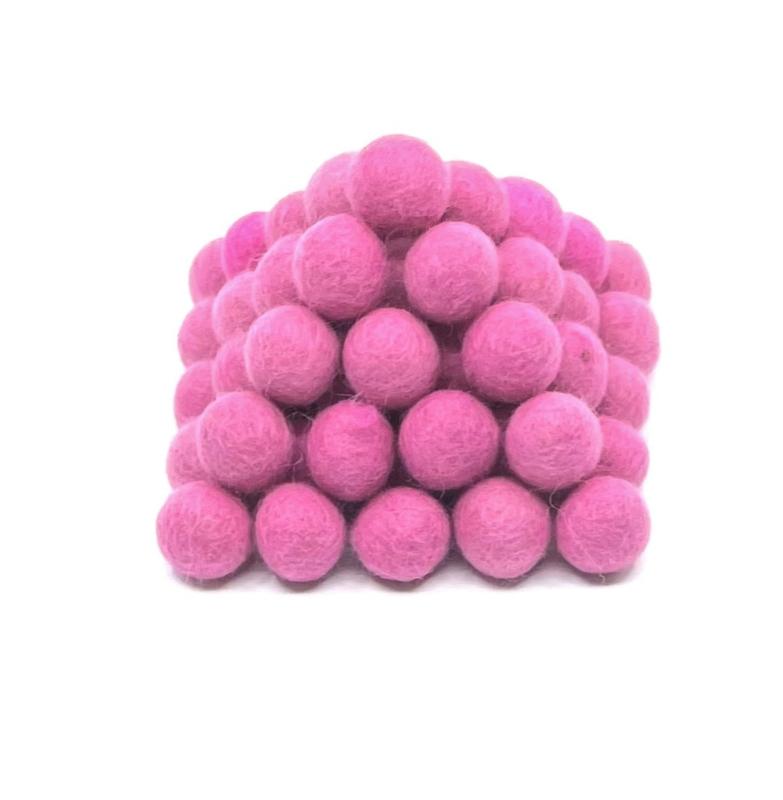 Viltballen 2,2 cm Zachtroze 003 (per 10 stuks)