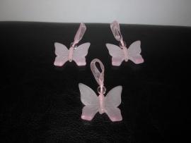 Vlinder hangertje roze (25 stuks)