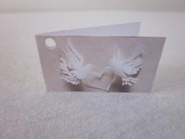 Naamkaartje met duifjes