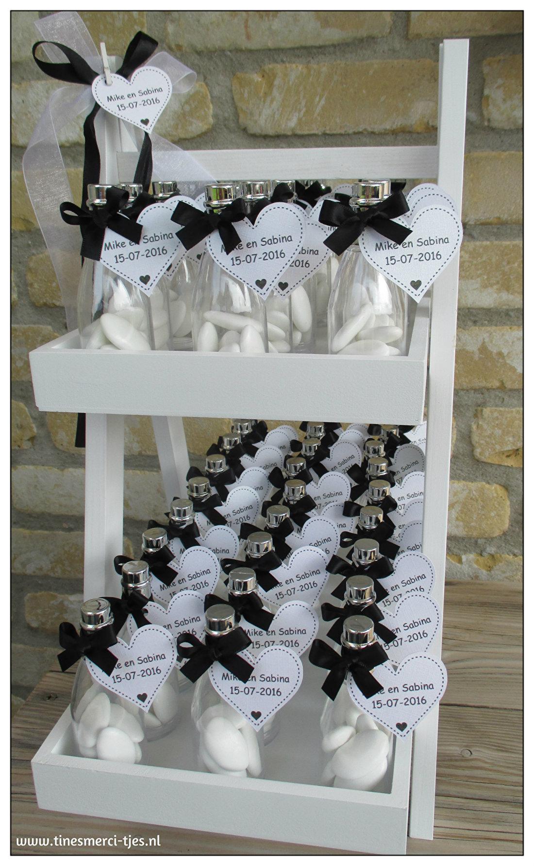 Huwelijksbedankjes zwart-wit