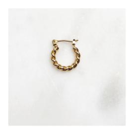 By Nouck - Earring 1,5 cm Twisted Hoop - oorsteker/hanger goldplated - per stuk