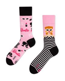 Many Mornings - sokken unisex - mismatched Barbie