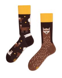 Many Mornings - sokken unisex - mismatched Fluffy Alpaca