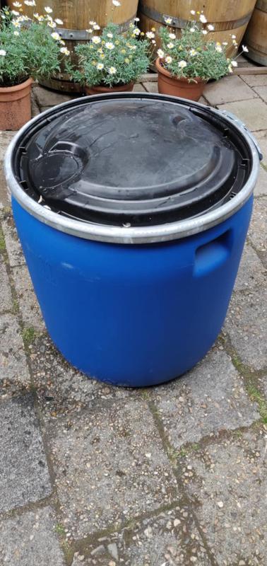 120 liter plastic vat laag