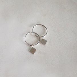 Diamond hoops oorbellen zilver
