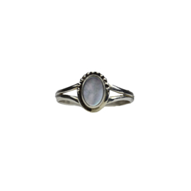 Mother of pearl ring zilver