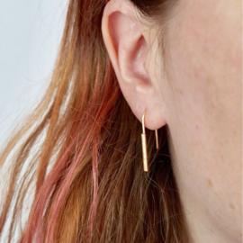 Parallel horseshoe oorbellen verguld