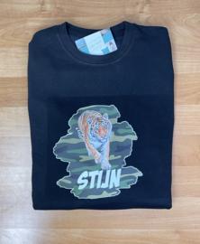 sweater met tijger en naam army