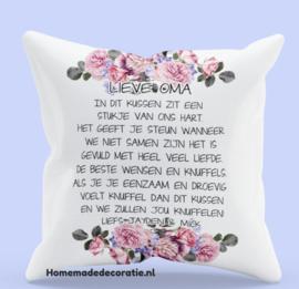 Kussen Oma/opa etc. blauwen bloemen