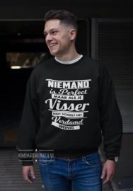 Niemand is perfect  met naam sweater