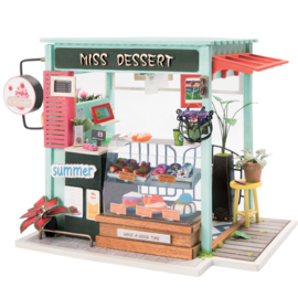DGM06 Robotime Ice Cream Station (DIY kit approxx 1:24)