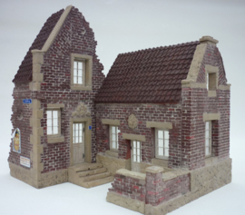 RT35195 1:35 RT-Diorama City Dutch Village House Incl. lasered windows and doors!