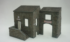 RT35168 1:35 RT-Diorama European Country House incl lasered windows and doors!