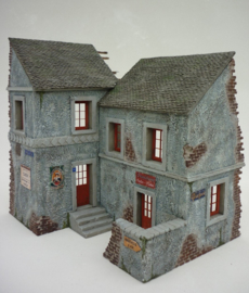 RT35174 1:35 RT-Diorama French Village House