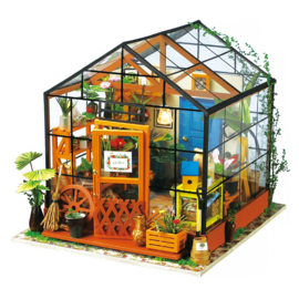 DG104 Robotime Cathy's Flower House (DIY kit approxx 1:24)