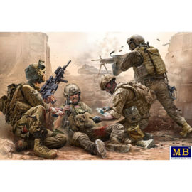 MB35193 1:35 Masterbox Under fire US Infantry