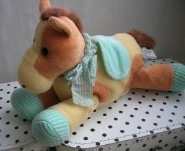 Paard knuffel groen dekje en voetjes | Anna Club Plush