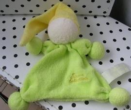 Knuffeldoekje tutpopje groen met geel mutsje | Tiamo De Kandeel