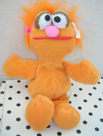 Sesamstraat Zoe knuffel oranje | Tyco