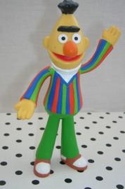 Sesamstraat Bert popje van rubber