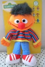 Sesamstraat  Ernie knuffel handpop