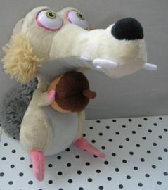 Scrat sabeltandeekhoorn met noot knuffel | Ice Age 4 TCC Global