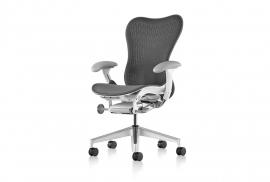 Herman Miller Mirra 2 bureaustoel, hoge netbespannen rugleuning