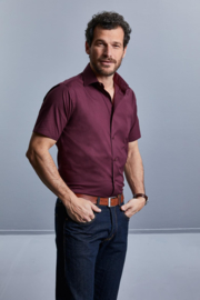 MEN'S SHORTSLEEVE FITTED STRETCH SHIRT