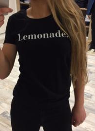 T-shirt Lemonade.