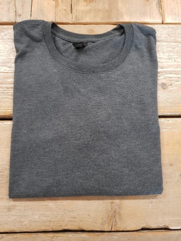 T-shirt - Triblend - Heather Dark Grey- Maat L