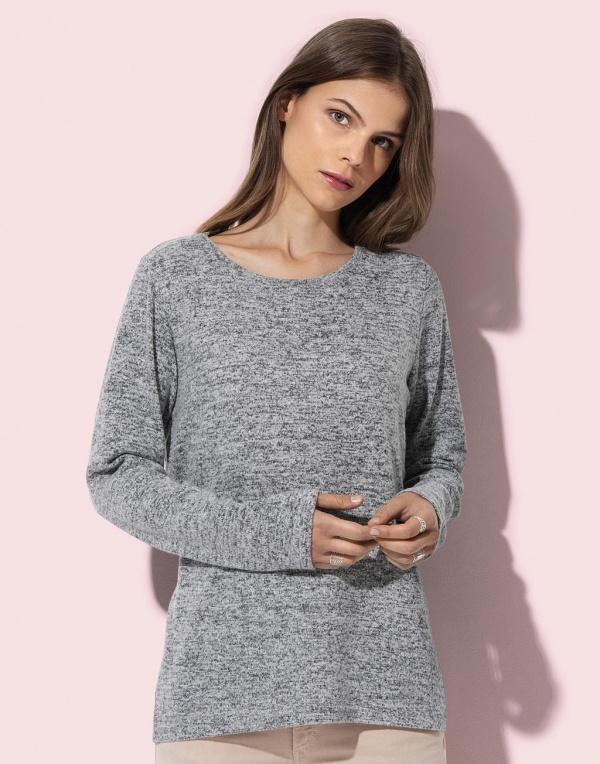 Knit Sweater Woman
