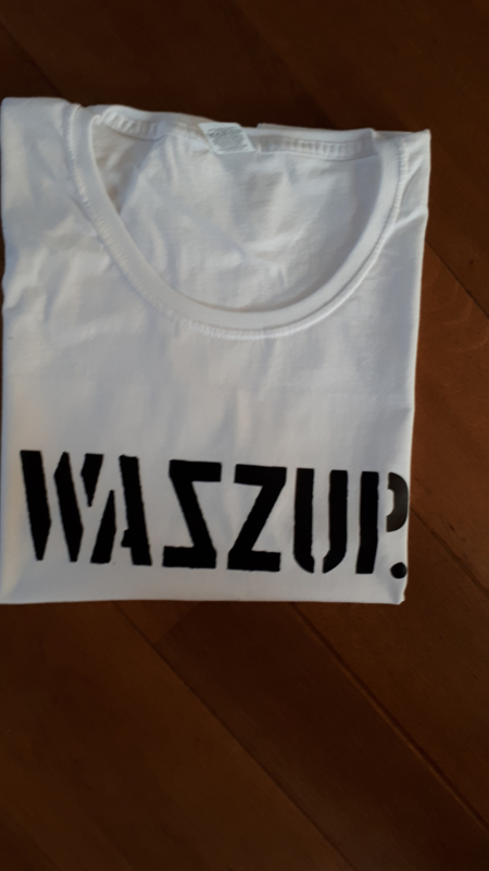 SALE T-Shirt Wazzup | Maat XL | Wit