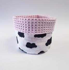 COMMODEMANDJE- Zwart-witte wolken met roze wafelstof