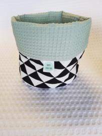 COMMODEMANDJE- Zwart/wit driehoek met oud groene wafelstof