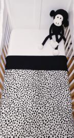WIEGDEKEN- Zwart/witte spots met zwarte wafelstof