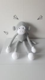 KNUFFEL - aap muisgrijs