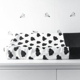 AANKLEEDKUSSENHOES - Wit met zwarte wolken en zwarte wafel stof