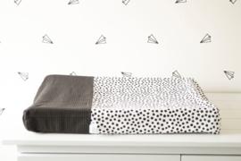 AANKLEEDKUSSENHOES - Zwart/witte dots met zwarte wafelstof